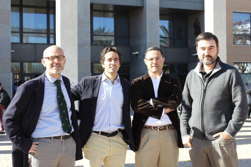 Los profesores de la CEU-UCH Rafael Fayos, Juan Martínez Otero, Emilio García Sánchez y Salvador Mérida, participantes en el III Congreso Internacional de Bioética.