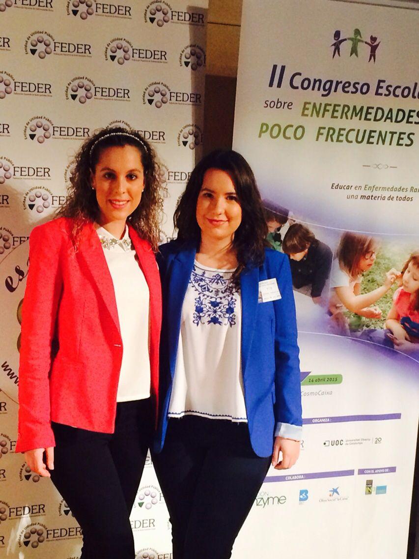 Yvette Coupeau Sánchez e Isabel Moñux Gil, estudiantes del Grado en Educación Primaria de la CEU-UCH de Castellón, ayer en el Congreso.