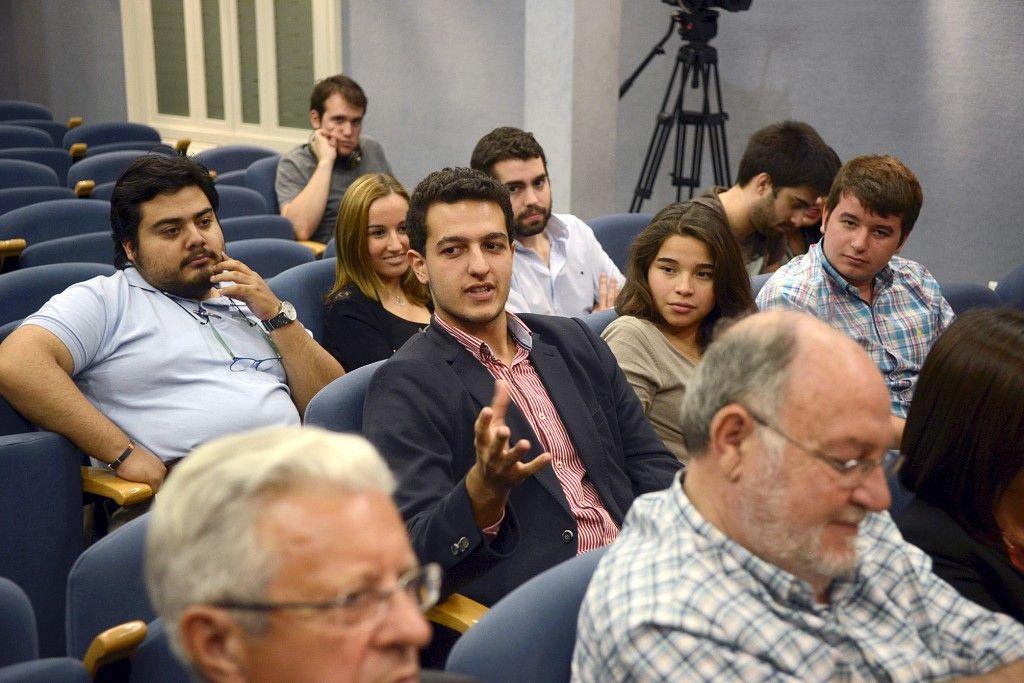 coloquio-intervencion-alumnos