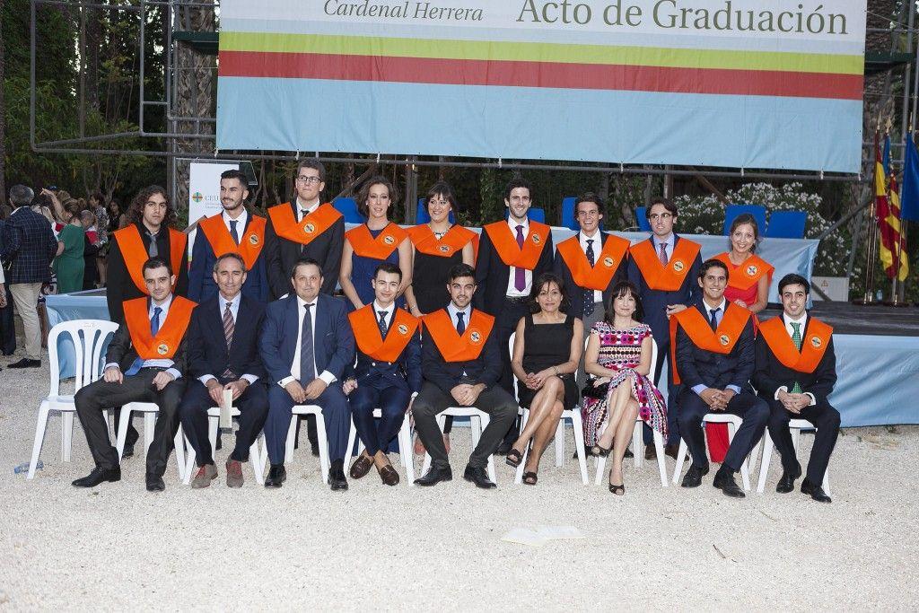 graduación ADE ceu elche