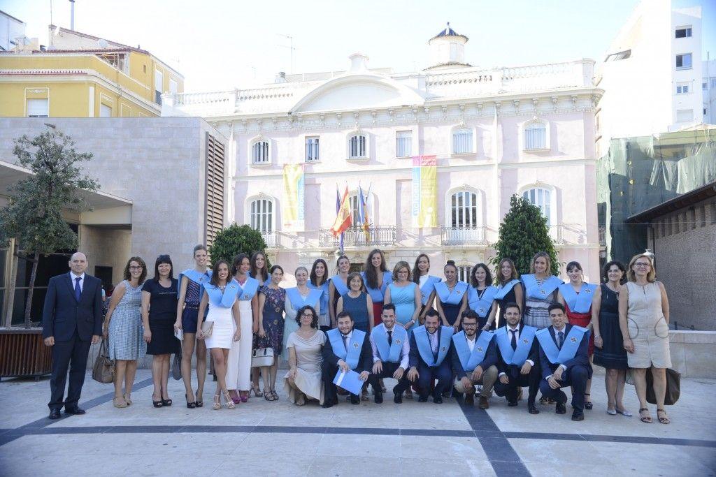 grupo-alumnos-profesores-master-enfermeria
