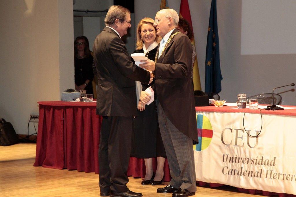 medalla merito provincias apertura uch