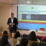 El profesor de la CEU-UCH José Miguel Soria, durante su participación en el ciclo de divulgación CEU Descubre.