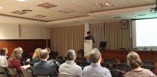 Pablo Coret, de RUVID, durante la charla para investigadores de la CEU-UCH.