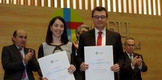 Los profesores de Veterinaria de la CEU-UCH Laura Selva y David Viana en la entrega de los Premios Ángel Herrera, celebrada el 25 de enero en Madrid.