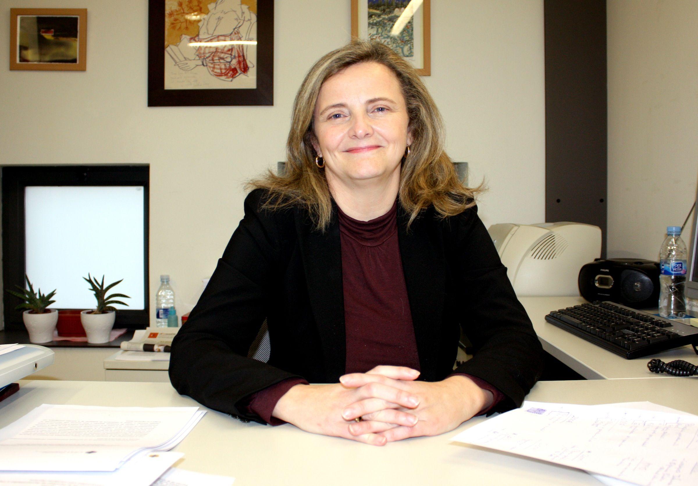 La profesora de la CEU-UCH Elvira García de Torres, coordinadora de uno de los artículos candidatos al Primer Premio EPI-SCImago.