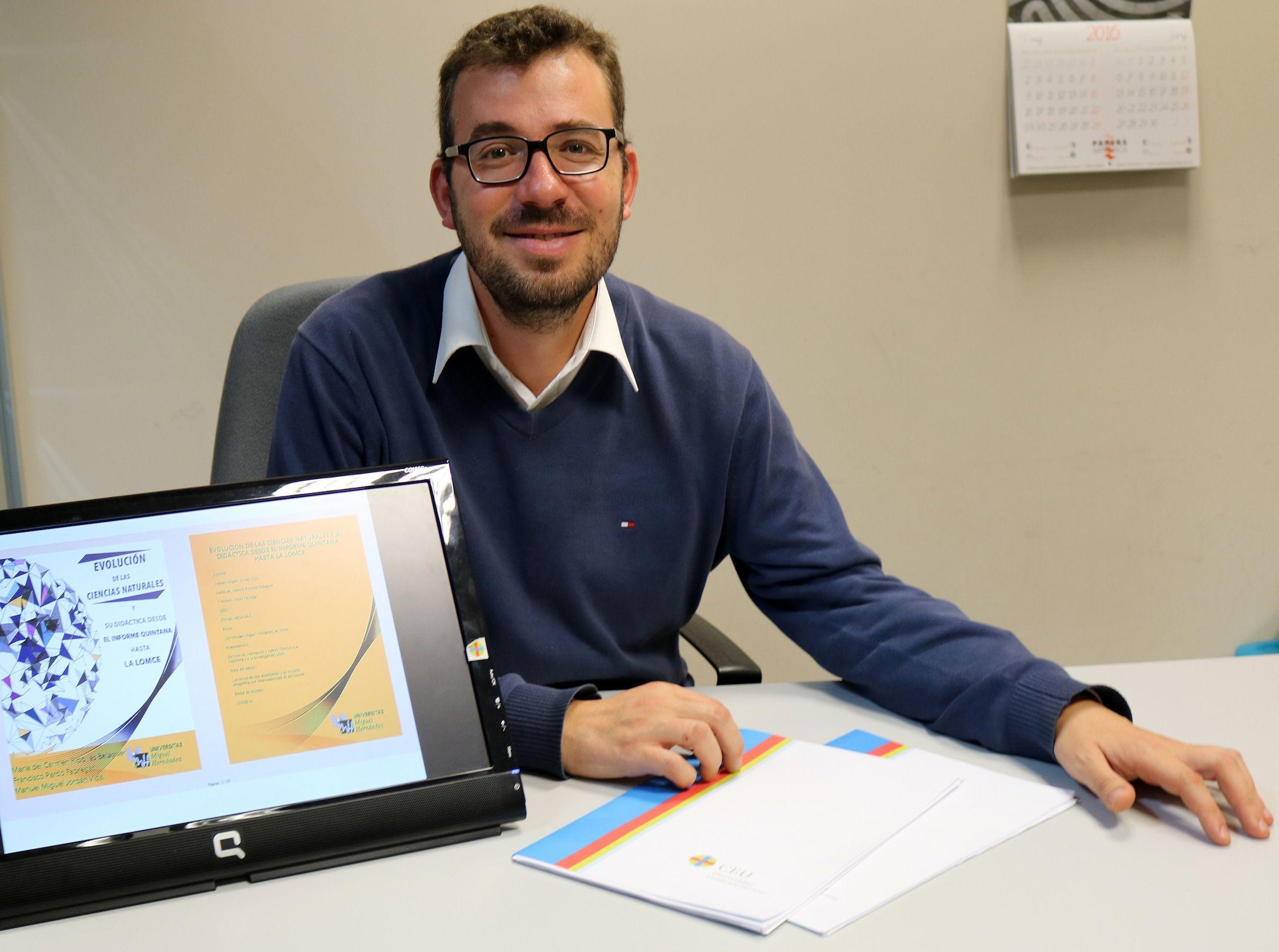 Francisco Pardo, coautor del libro, es profesor de los Grados en Educación Infantil y Primaria de la CEU-UCH en Castellón.