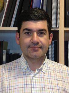 El profesor del Grado en Ingeniería del Diseño Industrial y Desarrollo de Productos de la CEU-UCH, Gustavo Salvador Herranz.