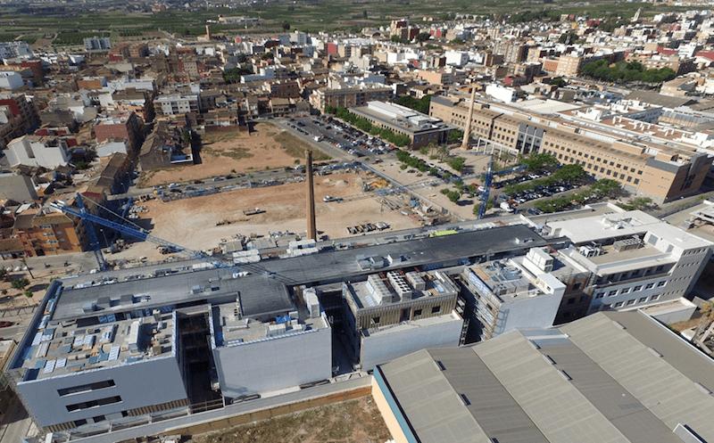 Vista aérea del campus de la CEU-UCH en Alfara del Patriarca, con las nuevas instalaciones de la Facultad de Ciencias de la Salud.
