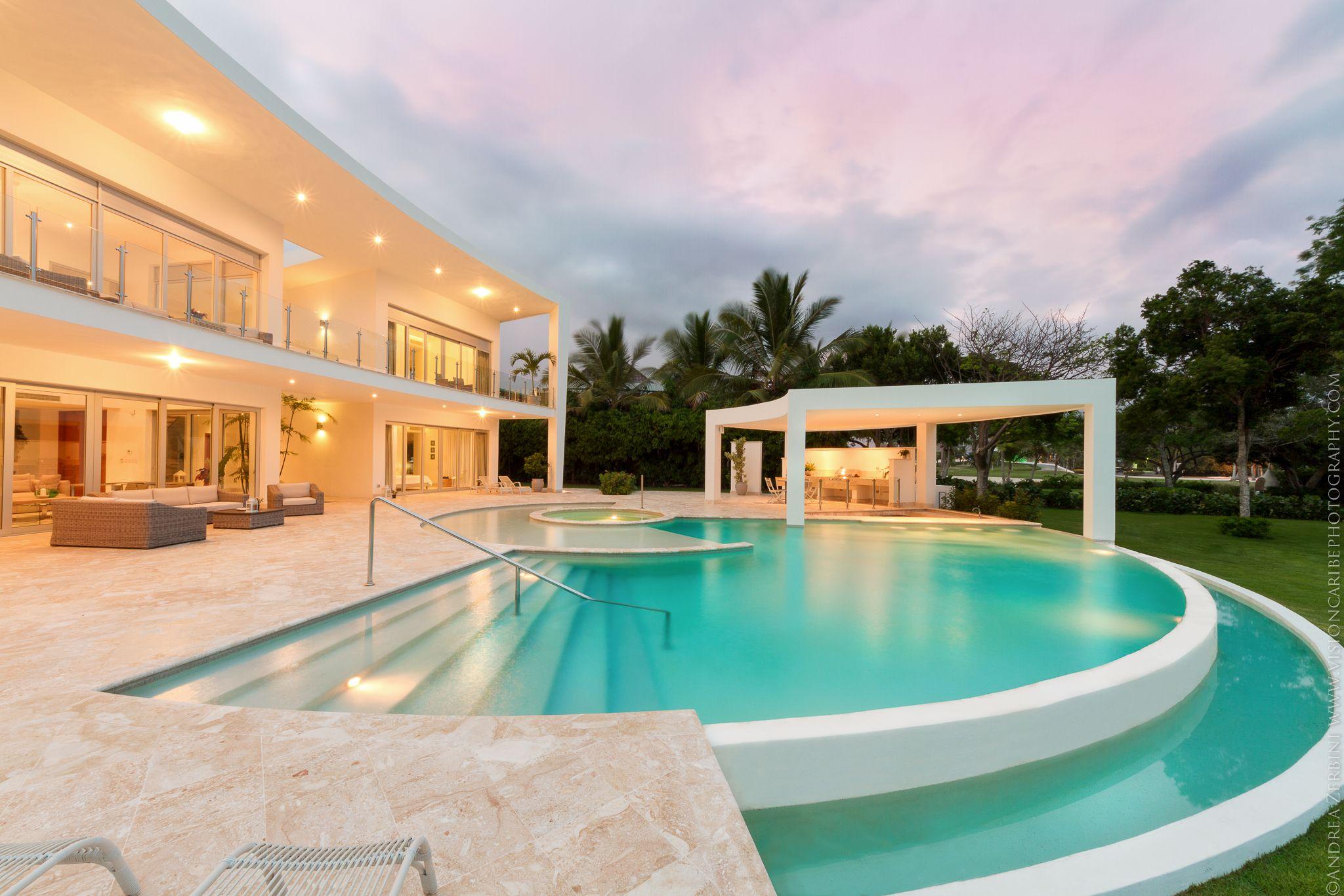 Villa Rosana, uno de los proyectos arquitectónicos de Juan Granell en República Dominicana.