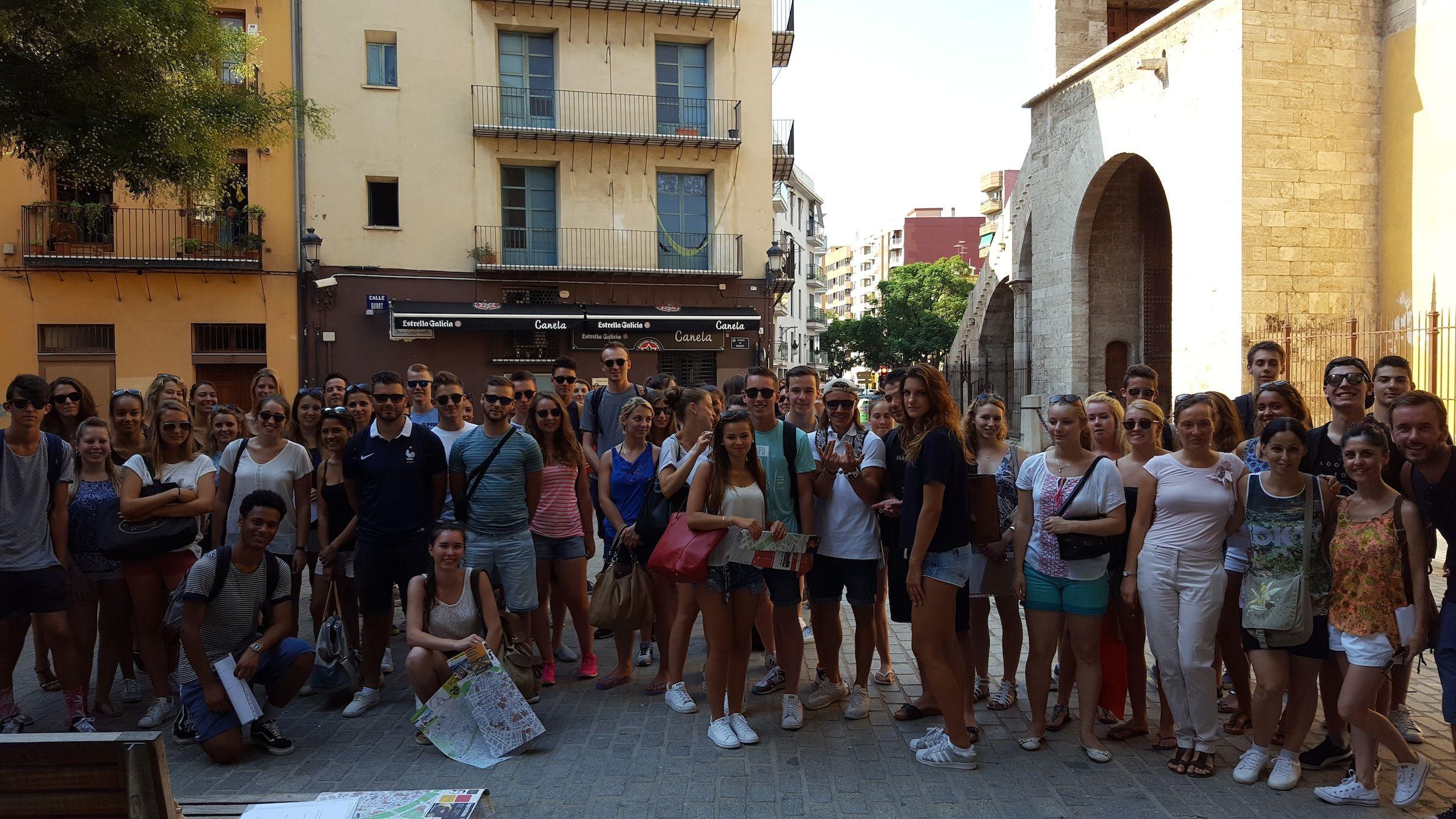Estudiantes internacionales de la CEU-UCH en una de las actividades organizadas por el Servicio de Idiomas dentro de los cursos de español en agosto.