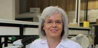 La profesora del Departamento de Farmacia de la CEU-UCH Teresa Pérez Gracia, coautora de las recomendaciones de la SEIMC para el diagnóstico de la infección por el virus del papiloma humano.