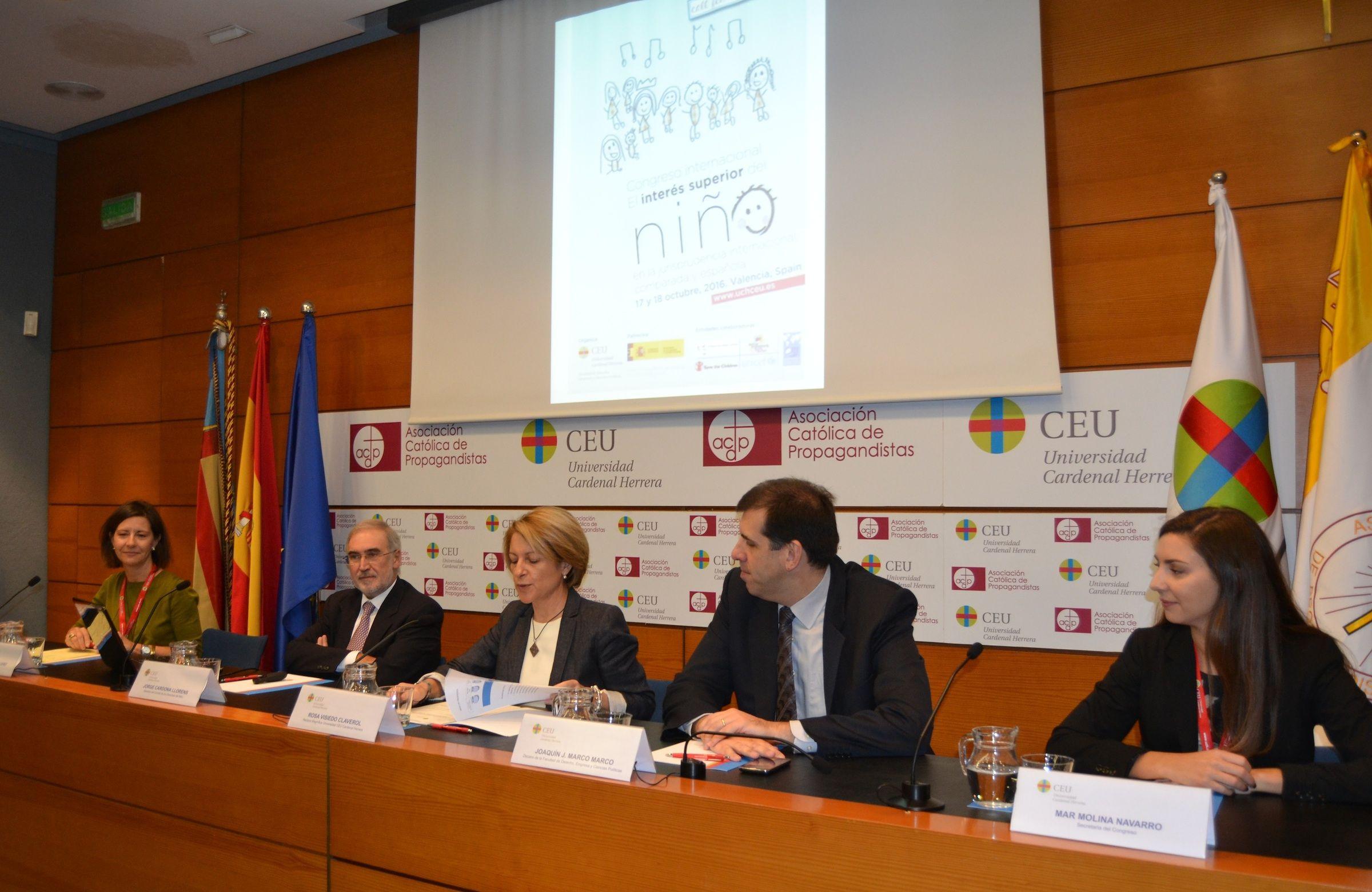 Susana Sanz, Jorge Cardona, Rosa Visiedo, Joaquín Marco y Mar Molina, en la inauguración del Congreso.