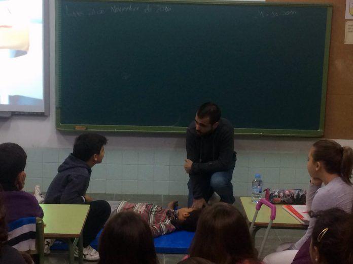 ceu-talleres-saludables-escolares-3