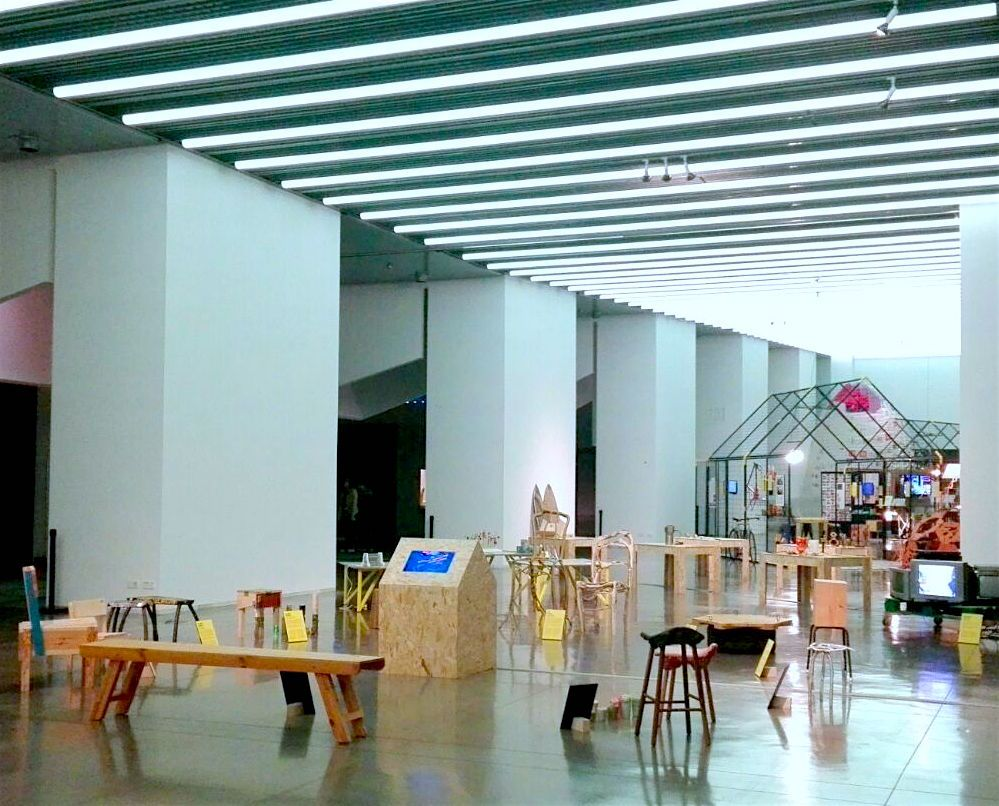 La exposición Rehogar, en el Museo del Diseño de Barcelona, donde se han presentado los diseños de Free Design Bank.