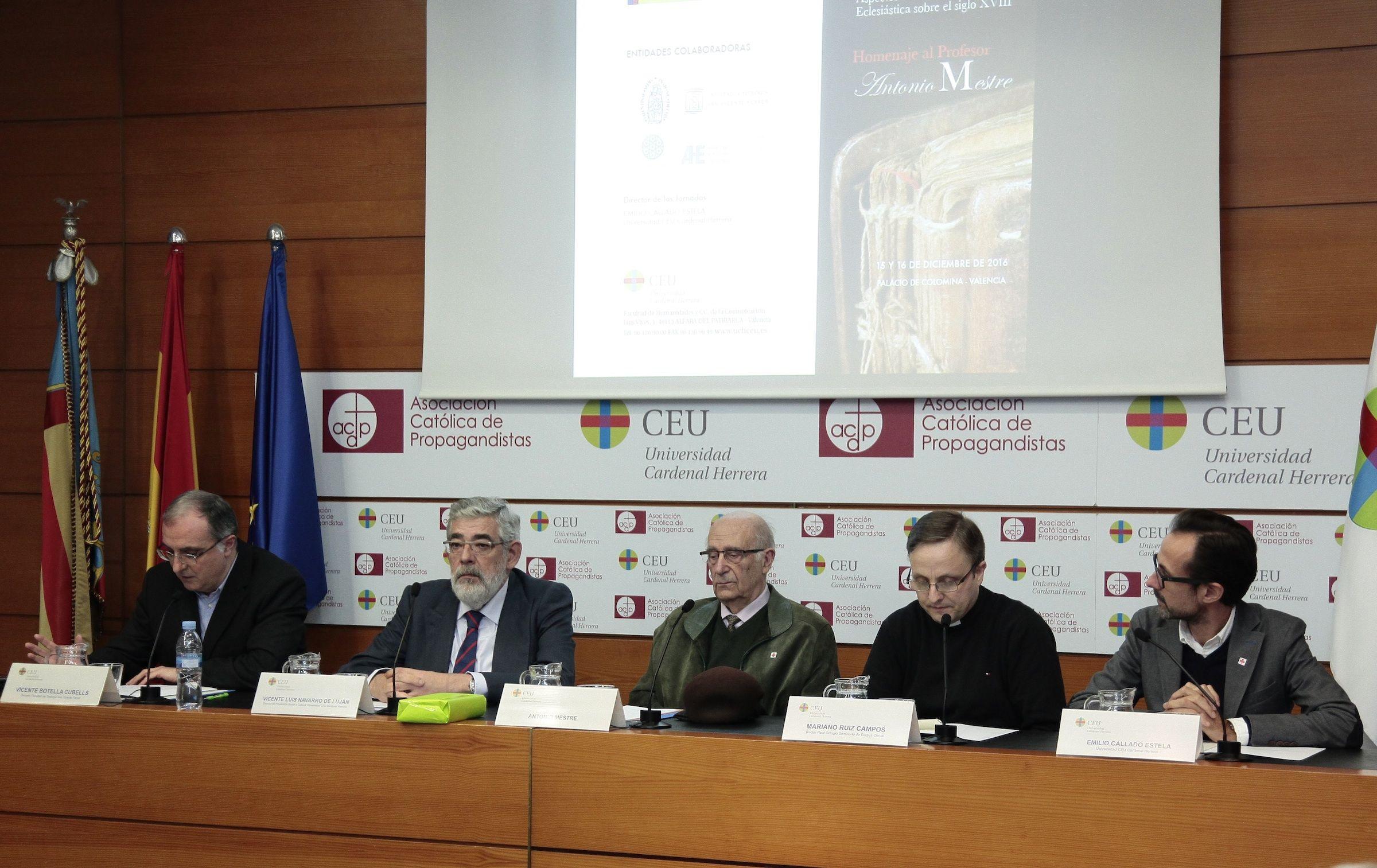Homenaje a Antonio Mestre, en las Jornadas Res Ecclesiae de la CEU-UCH.