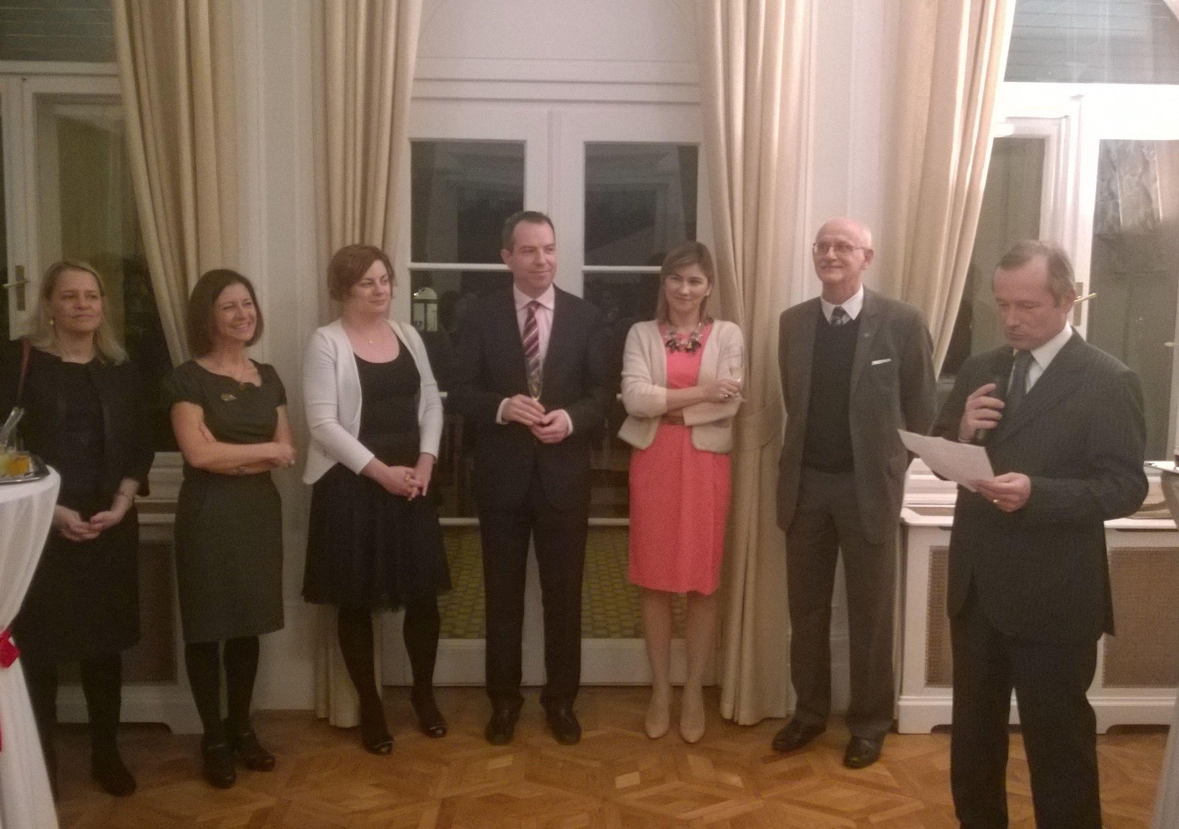 La recepción oficial, en la Residencia de Francia en Budapest.