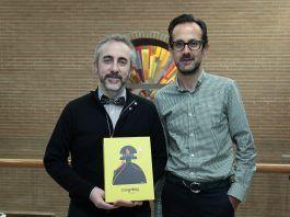 Jesús Catalá y Emilio Callado, profesores de la CEU-UCH, coautores de los estudios históricos publicados en el llibret de falla de Na Jornada, premiado por la Conselleria d'Educació.