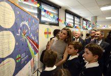 SM la Reina, con alumnos del Colegio CEU San Pablo de Murcia.