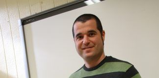 Alberto Zapatera, profesor del CEU en Elche, autor de la investigación sobre el sistema electoral español.