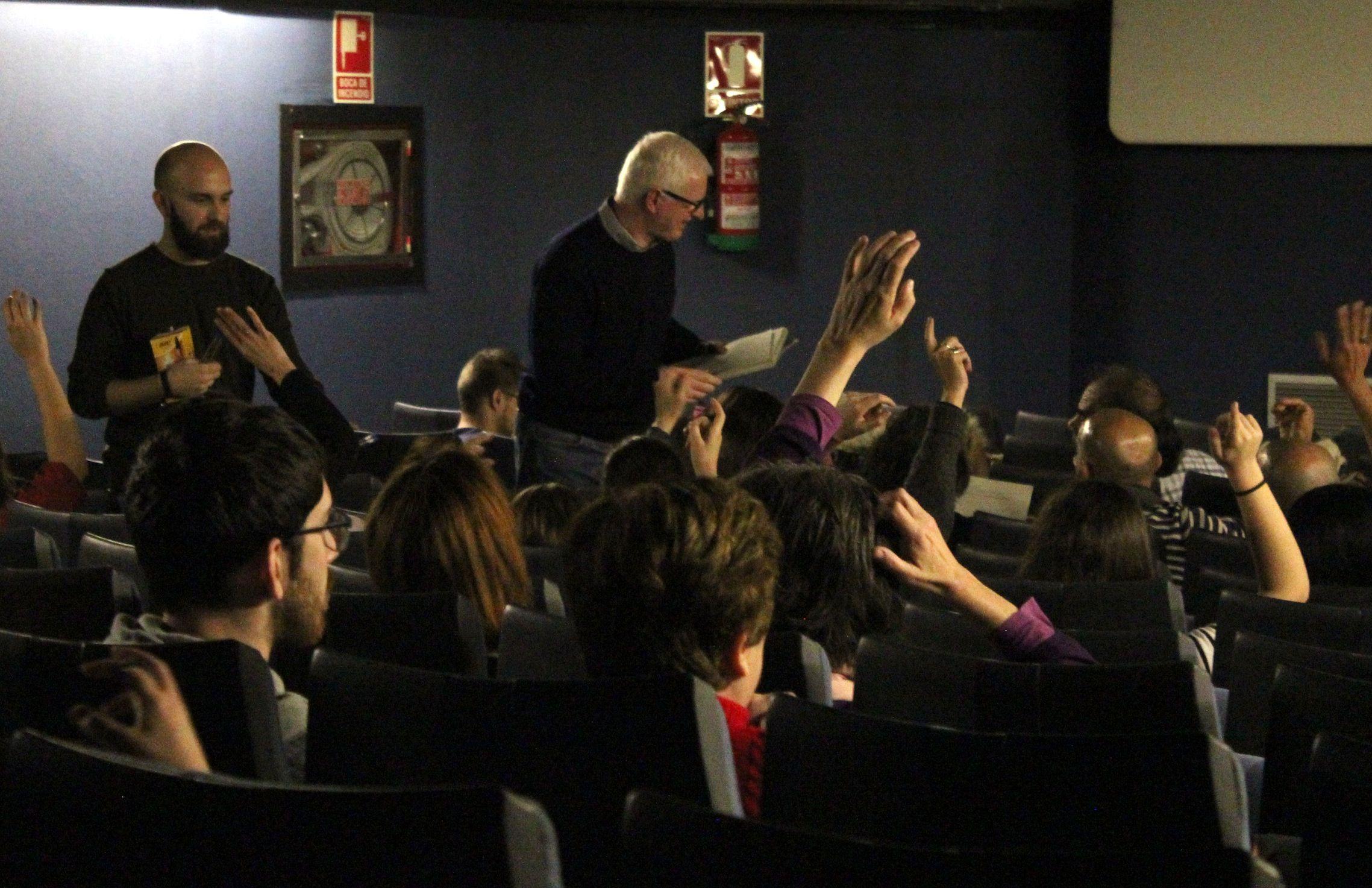 Sesión de recogida de datos para la investigación del Grupo GIDYC del CEU, con Miguel Ángel Font (director del corto) y Josep Solves (investigador principal).