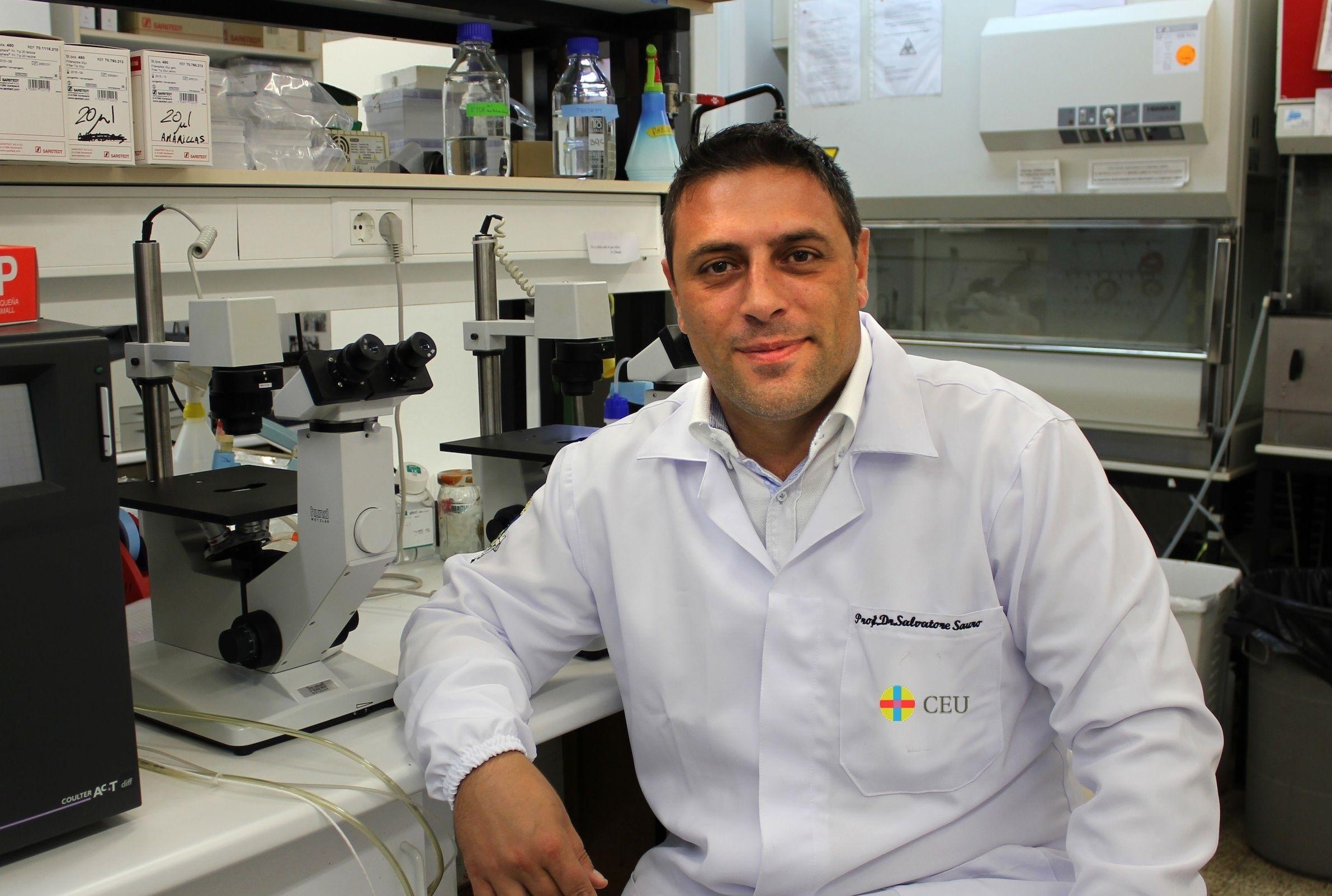 Salvatore Sauro, profesor de Dentistry del CEU-UCH y miembro del equipo investigador.