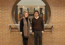 La profesora Elvira García de Torres, investigadora principal del Grupo OIMED, y el profesor Bernardino Cebrián, miembro del Grupo.