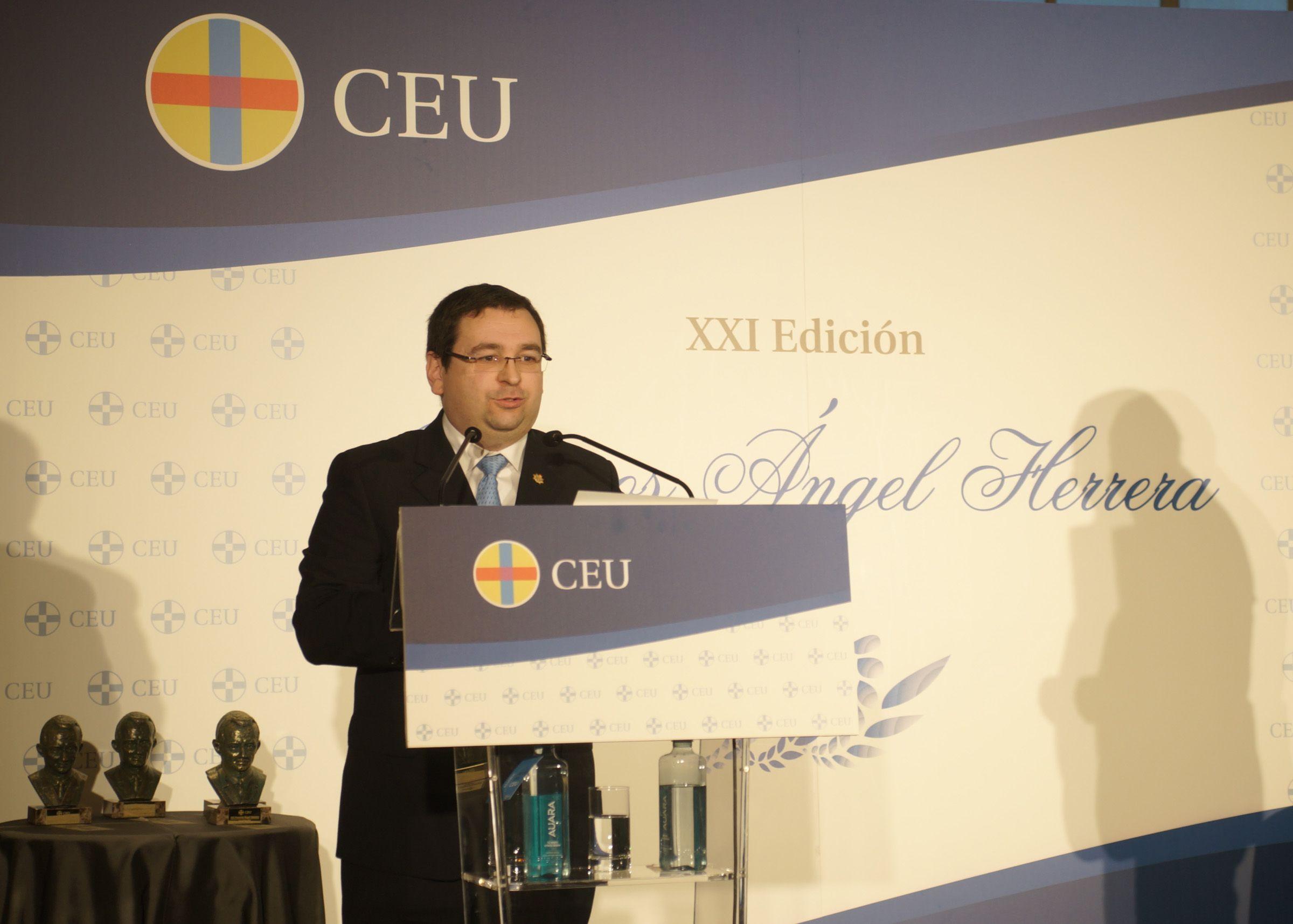 Luis Doménech, profesor de la CEU UCH, esta mañana en la entrega de los Premios Ángel Herrera en Madrid.