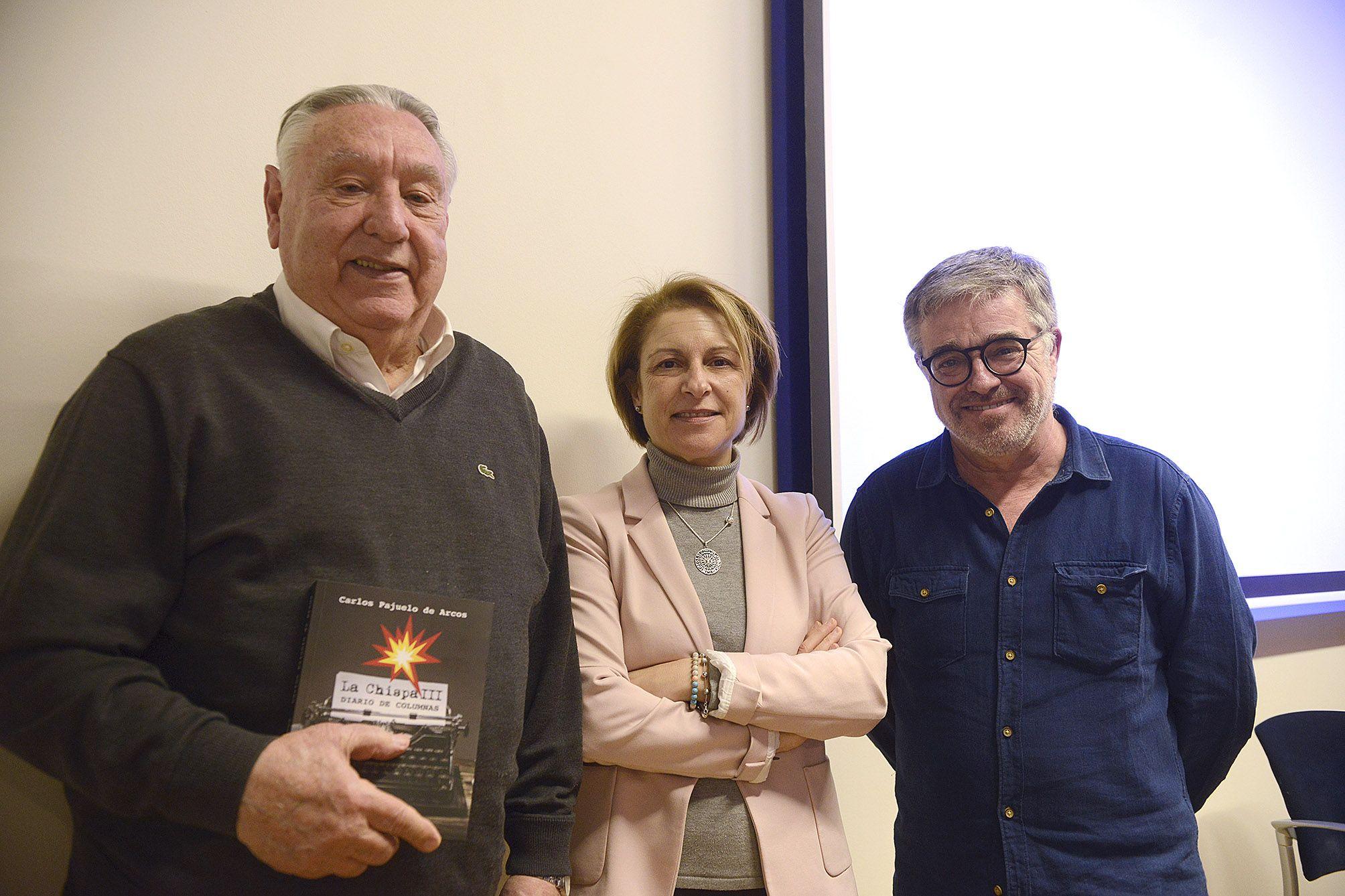 """Carlos Pajuelo, Rosa Visiedo y Sergi González, en la presentación de """"La Chispa III""""."""