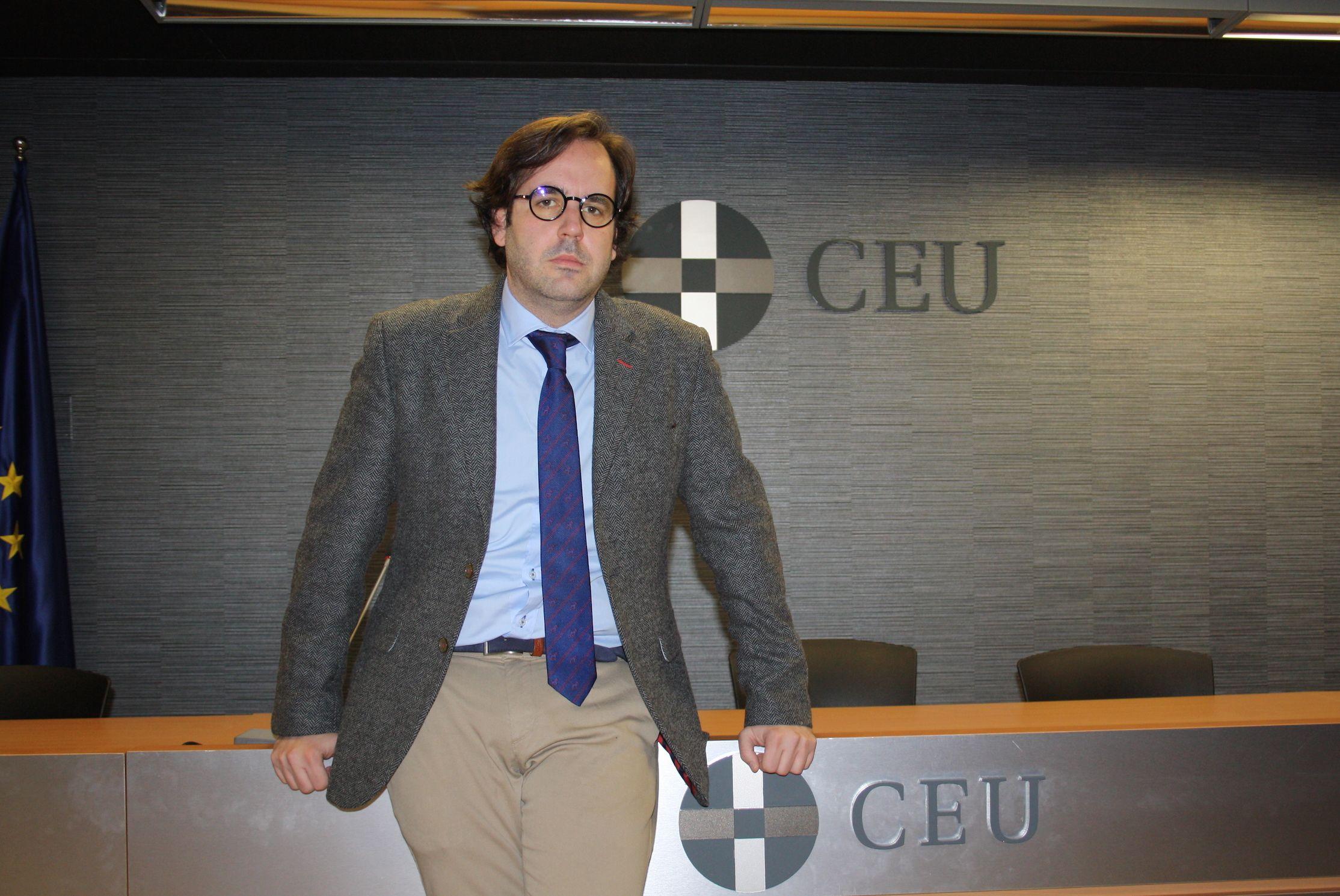 Álvaro Antón, profesor de Derecho Financiero y Tributario de la CEU UCH en Elche, es el investigador principal del proyecto financiado por el Plan Nacional de I+D+i.