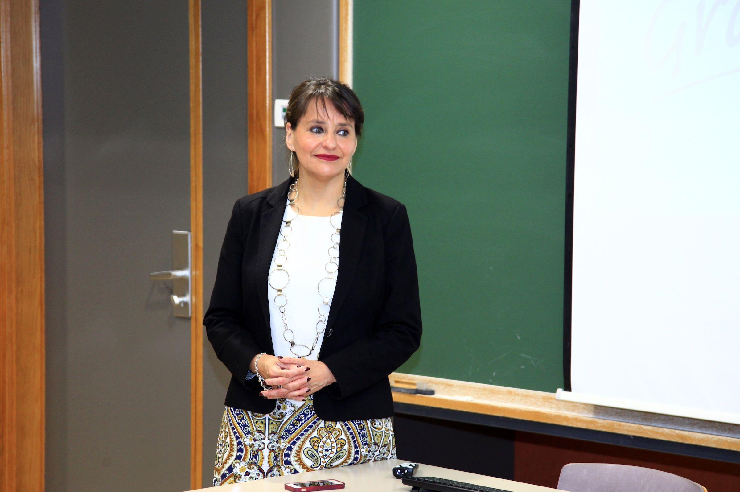 •La catedrática Jean Monnet de la Universidad de La Concepción en Chile, Paulina Astroza, invitada por la Cátedra Jean Monnet de la CEU UCH.