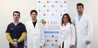 El profesor de la CEU UCH Pablo Salvador, junto a los titulados del Máster Universitario en Fisioterapia Deportiva Borja Ortega Santana, Álvaro Antón Nogués y Palmy González Requena, miembros del equipo investigador.