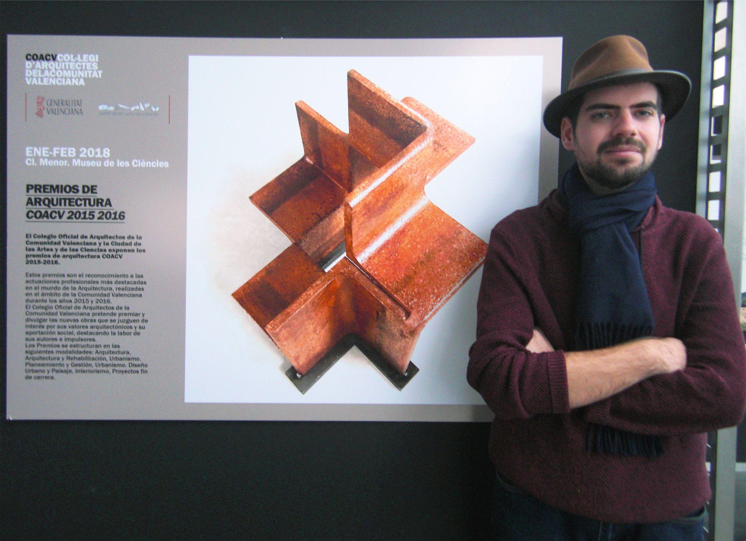 José Luis Moreno Delgado, formado en Arquitectura en la CEU-UCH, premio al mejor Proyecto Fin de Carrera del Colegio de Arquitectos de la CV, en la exposición del Museo de las Ciencias.