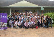 El profesor José Ignacio Redondo, con los asistentes al II Congreso Nacional de la AAAVRA.