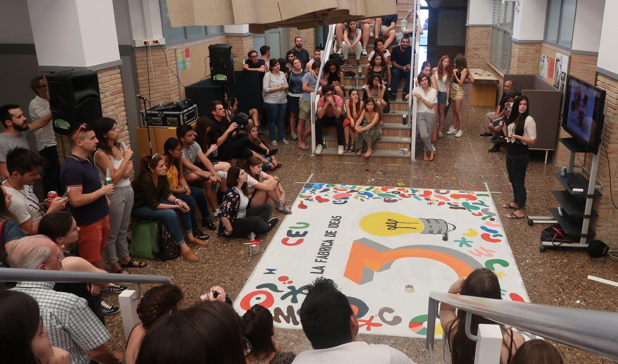 """La Escuela de Diseño del CEU ha celebrado sus 30 años como """"fábrica de ideas""""."""