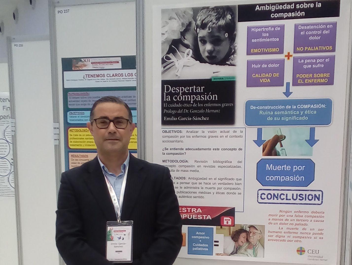 El profesor de Bioética de la CEU UCH, Emilio García Sánchez, en el XII Congreso Internacional de Medicina Paliativa.