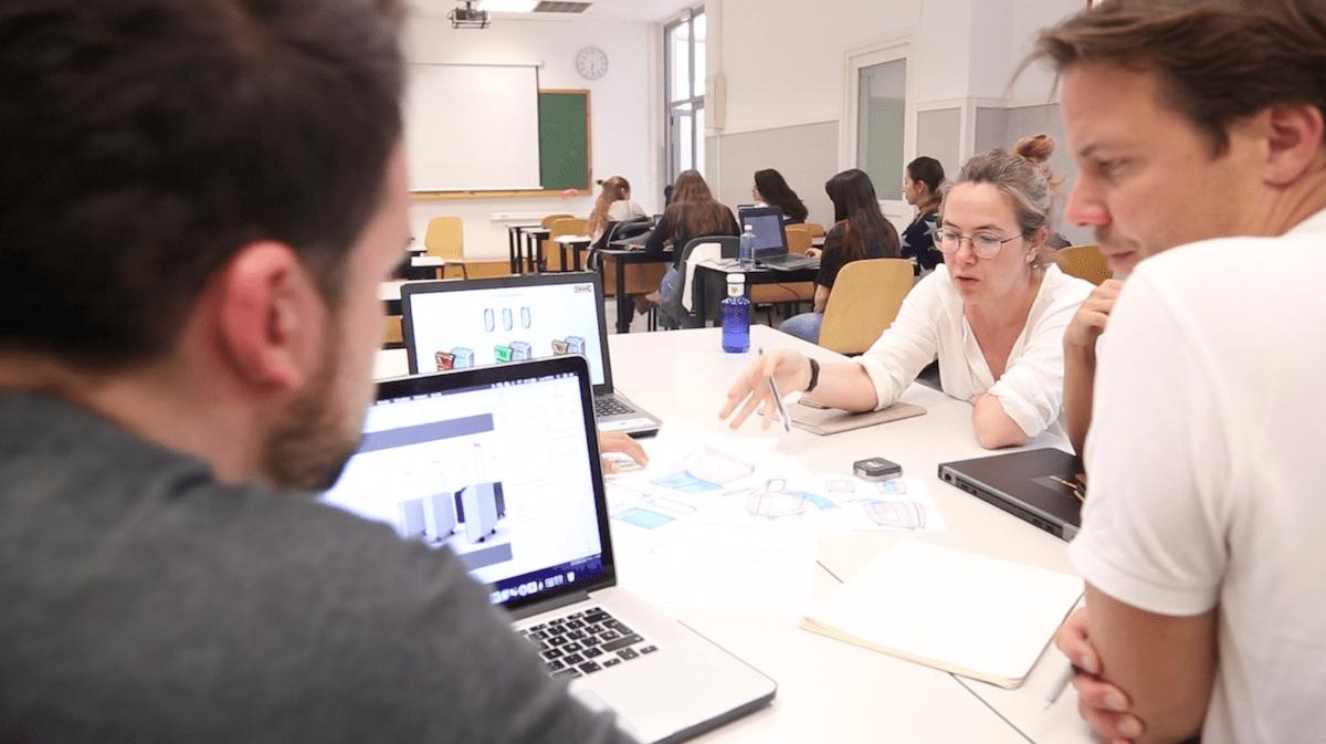 Inma Bermúdez colabora desde hace varios años como docente en el Máster en Diseño de Producto de la CEU UCH.