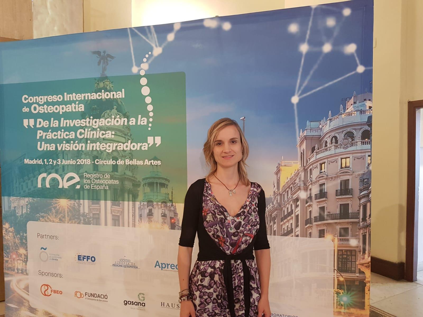 La profesora del Departamento de Fisioterapia de la CEU UCH, Mireia Martí, ha presentado este fin de semana los resultados del equipo investigador en el Congreso Internacional de Osteopatía 2018.