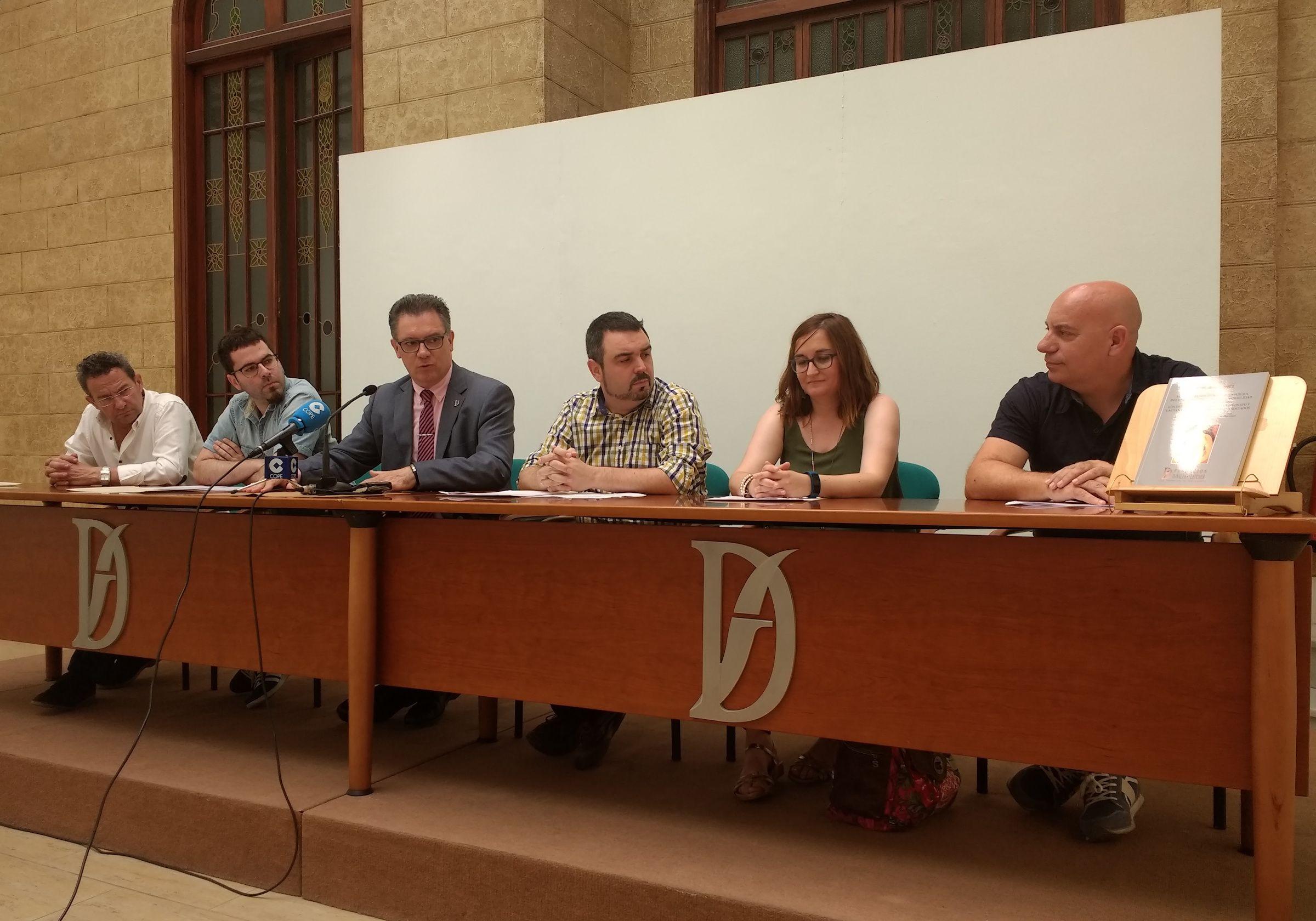 Presentación del libro con los resultados del estudio, en la Fundación Dávalos-Fletcher de Castellón.
