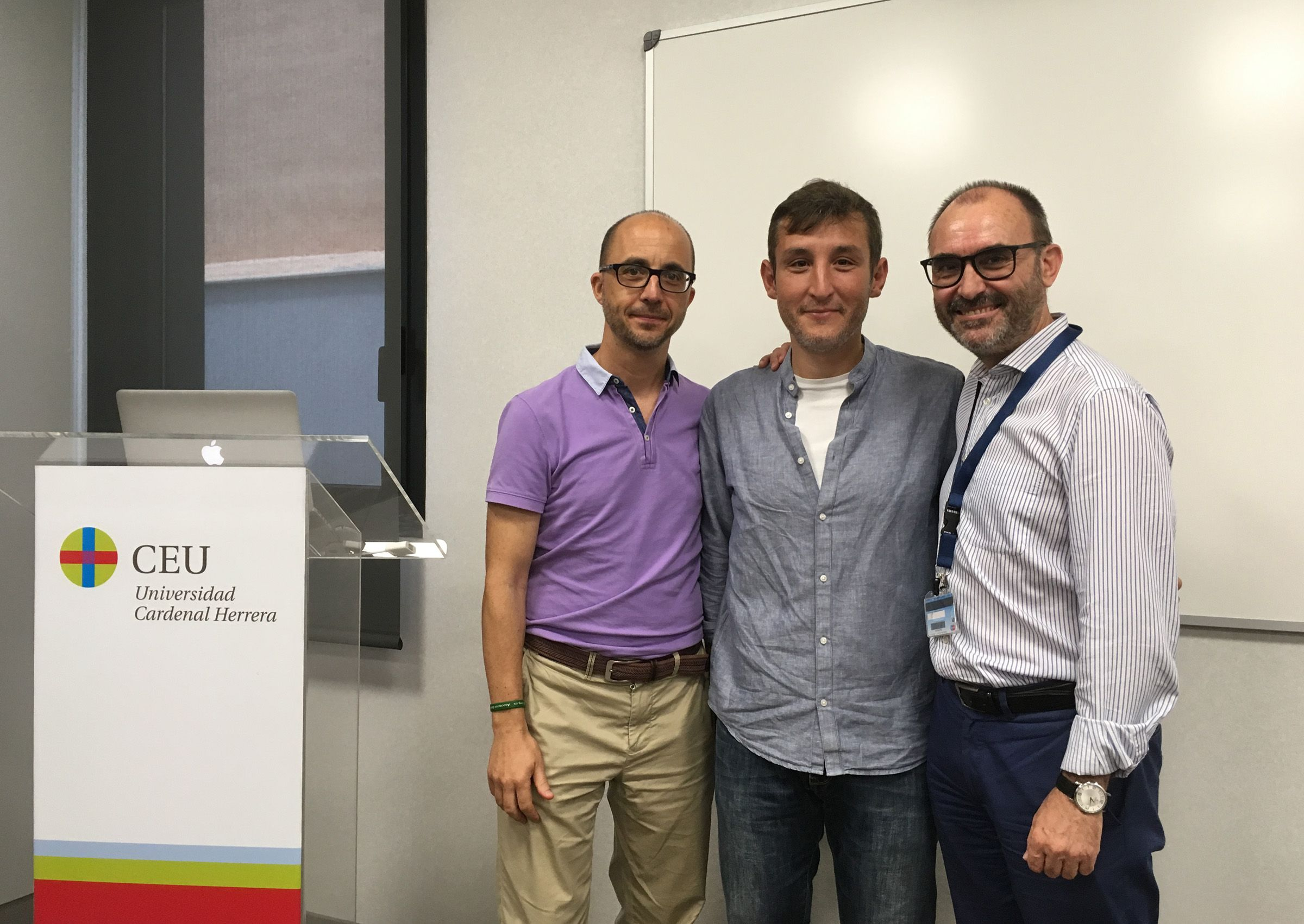 """Los profesores Enrich Poch e Ignacio Pérez Roger, """"mentores"""" de Enric Mocholí en el CEU."""