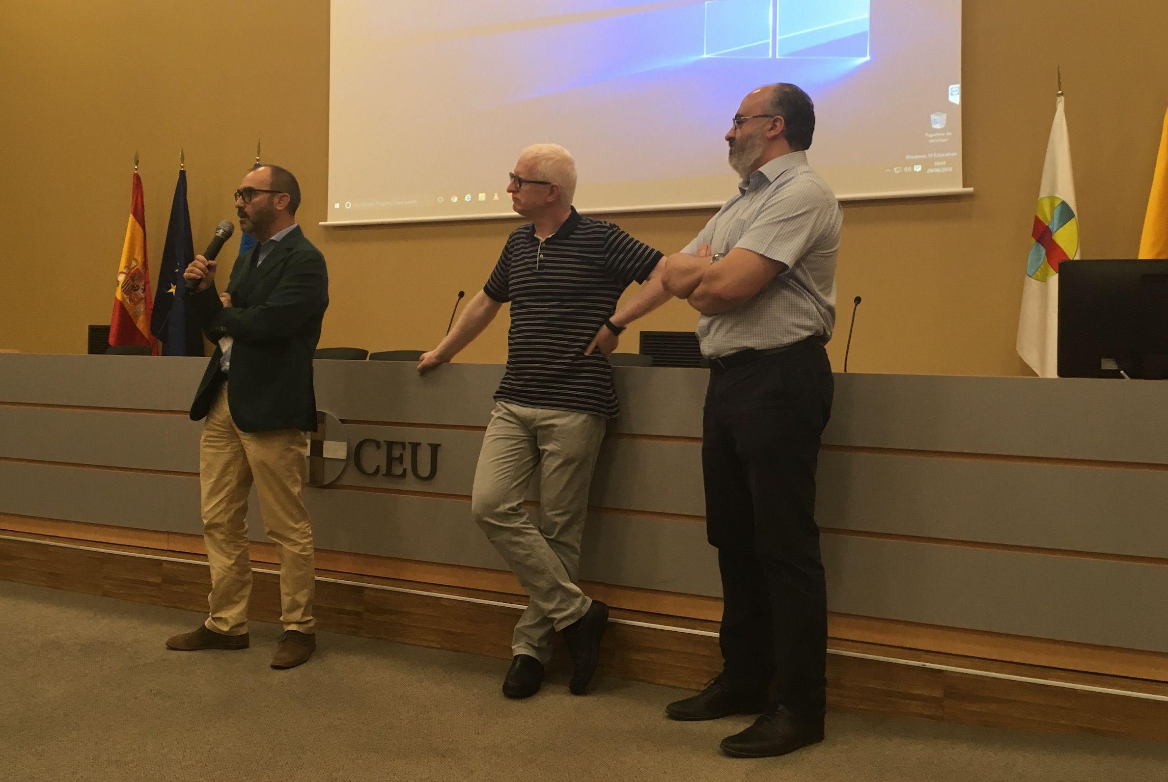 El vicerrector de Investigación de la CEU UCH, Ignacio Pérez Roger, con el director de ODISEAS, Josep Solves, y el director de Instituto de Ciencias Biomédicas, Francisco Bosch, en la reunión de presentación.
