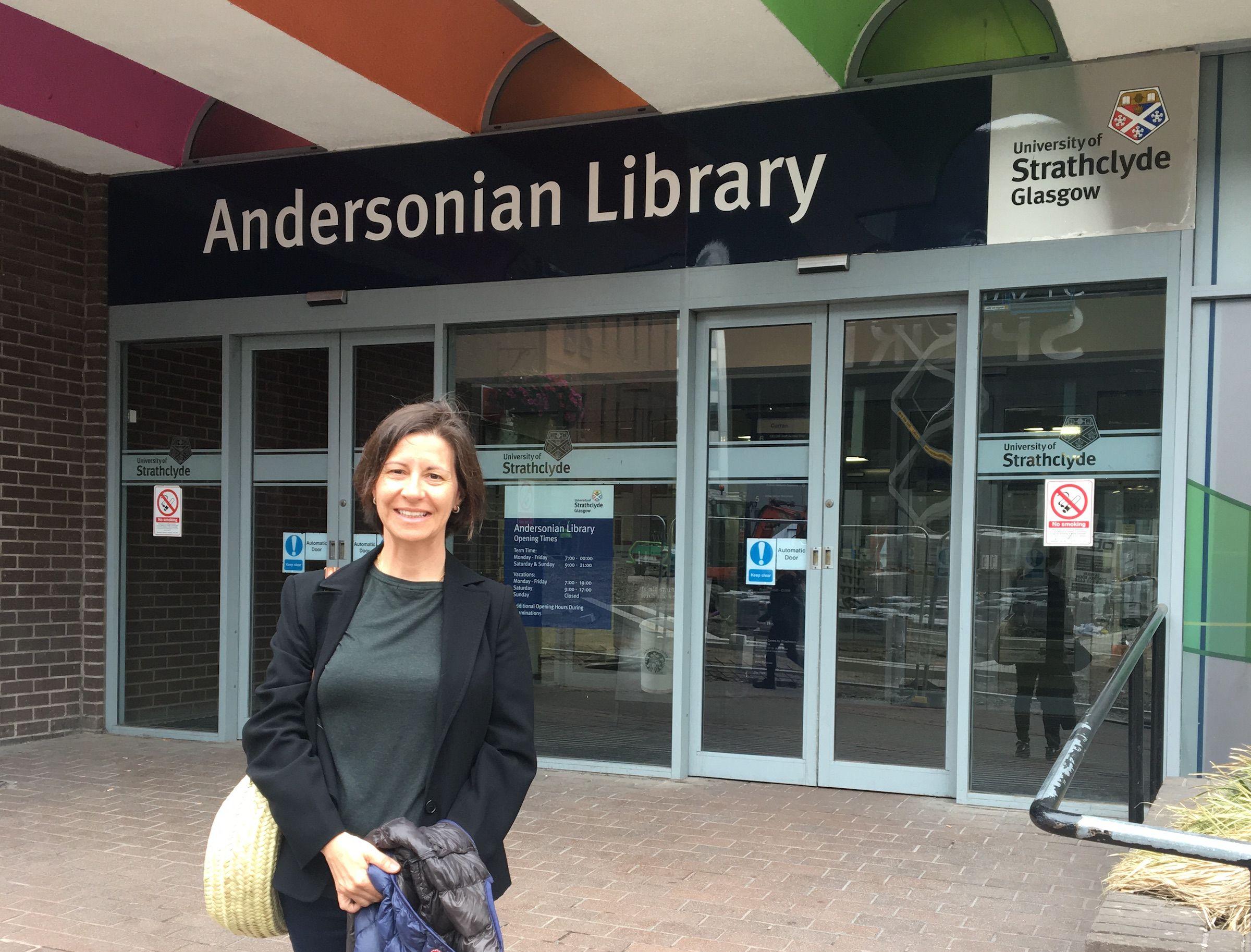 Susana Sanz, catedrática Jean Monnet de la CEU UCH, durante su estancia en la Universidad escocesa de Strathclyde.