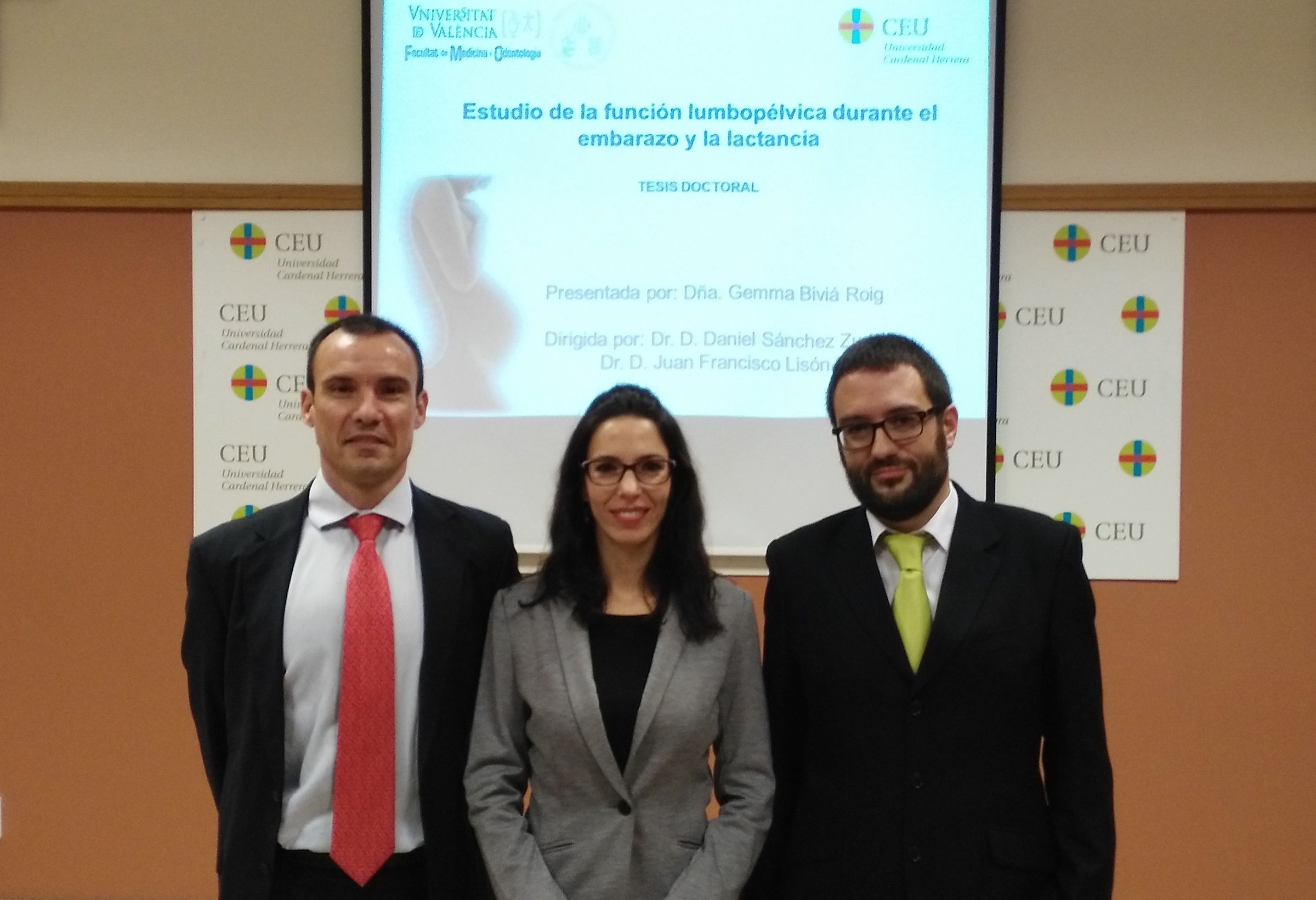 Los investigadores Juan Francisco Lisón (CEU UCH), Gemma Biviá (CEU UCH) y Daniel Zuriaga (UV), autores del estudio sobre biomecánica de la región lumbar de las mujeres embarazadas.