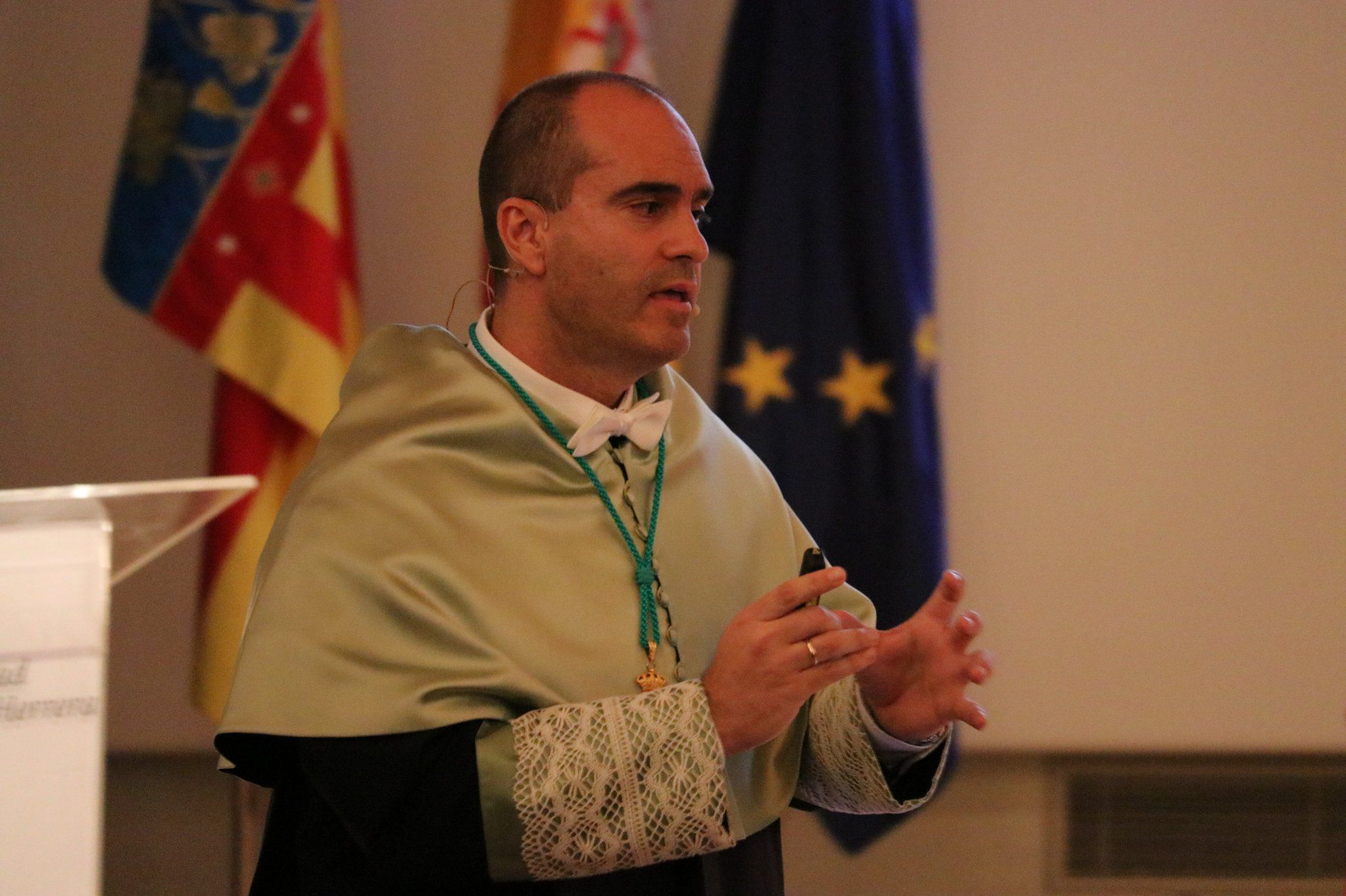 El catedrático Juan Manuel Corpa ha impartido la Lección Magistral en la Apertura del curso 2018-19 en la CEU UCH.