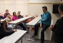 José Penadés, en una de las sesiones de formación a jóvenes investigadores que ha dirigido en la CEU UCH.