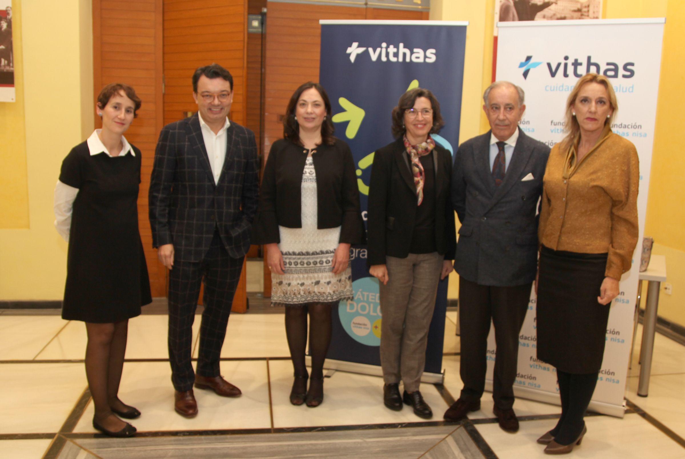 Responsables de la Fundación Vithas Nisa y la Facultad de Ciencias de la Salud de la CEU UCH, en la presentación de la Cátedra en el Palacio de Colomina-CEU de Valencia.