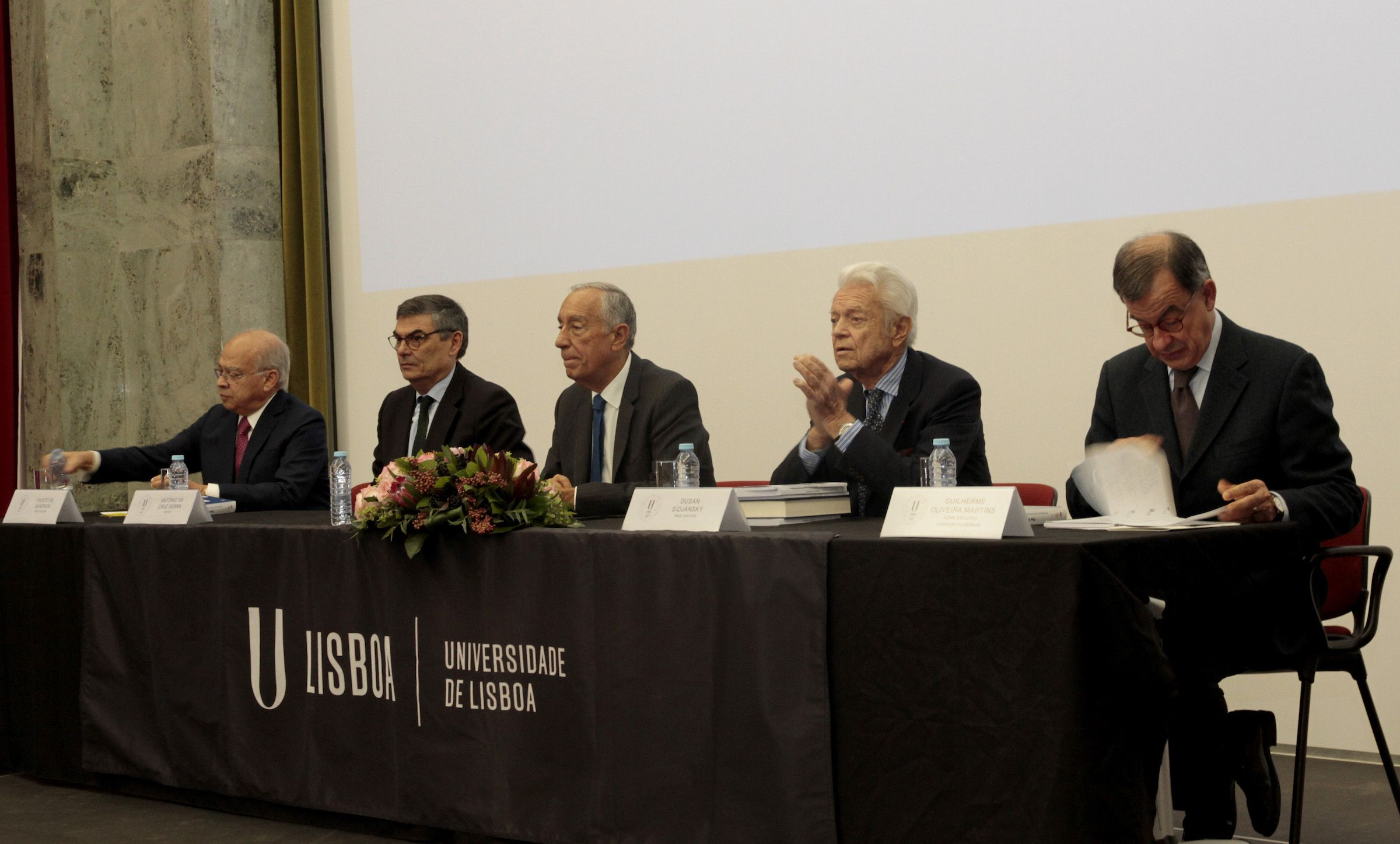 El presidente de la República de Portugal, Marcelo Rebelo de Sousa, en la presentación del libro en la Universidad de Lisboa.