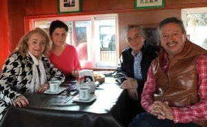 Ruth Abril con el presidente de AFEIDAL, Máximo Carvajal, el rector de la Universidad de Ixtlahuaca CUI, Margarito Ortega, y su esposa.