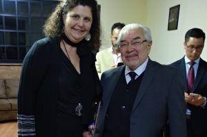 Ruth Abril, con el ex presidente de la Corte Interamericana de Derechos Humanos de la OEA, Sergio García Ramírez.