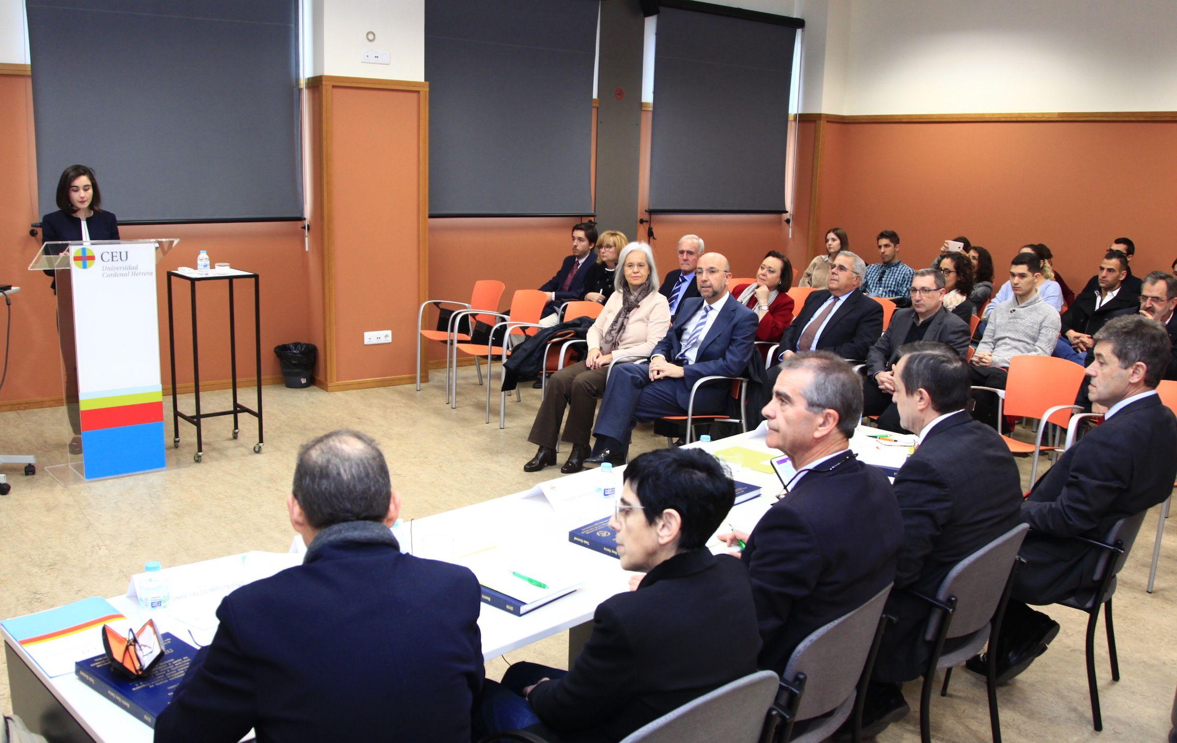 Defensa de la tesis de Beatriz Suay, en la CEU UCH.